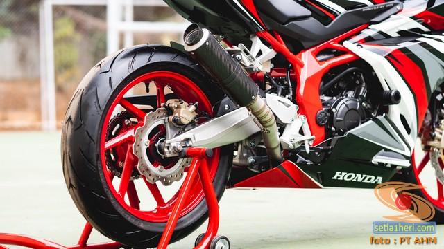 Konsep Modifikasi Honda CBR250RR SP Quick Shifter tahun 2020 (7)