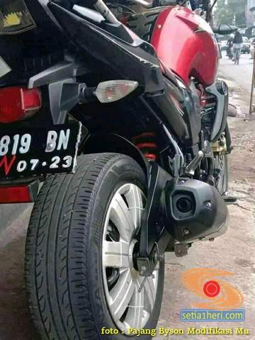 Gambotz Lovers, Yamaha Byson ini pakai velg mobil dan ban mobil (2)