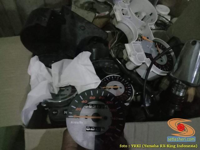 Jarum speedometer nyantol pada Yamaha RX King, begini solusinya brosis