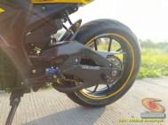 Modifikasi hedon Suzuki GSX-R 150 warna emas istimewa asal Bekasi (6)