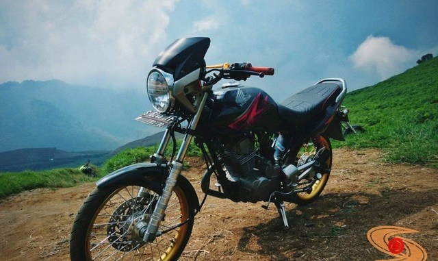 Spatbor atau spakbor depan alternatif Honda Megapro yang PNP (7)