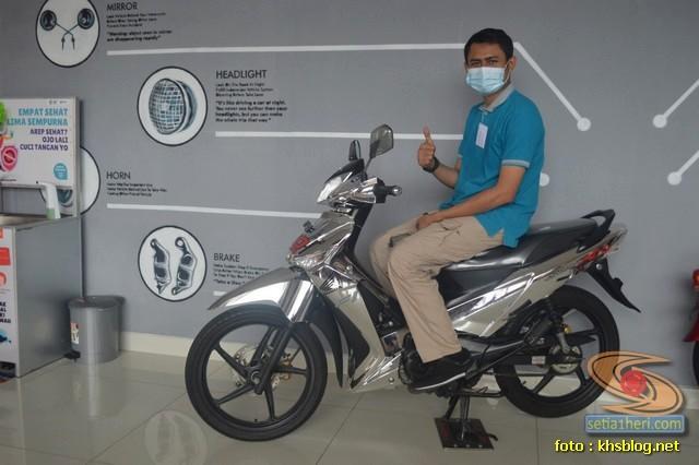 KHS ketemu Honda Supra X 125 warna millenium silver glowing gans... (2)