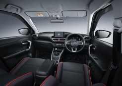 Gambar detail, daftar harga dan pilihan warna Toyota Raize tahun 2021 (1)
