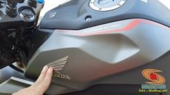 Lebih dekat dengan Honda CB150R tahun 2021 edisi spesial warna Armored Matte Grey (11)