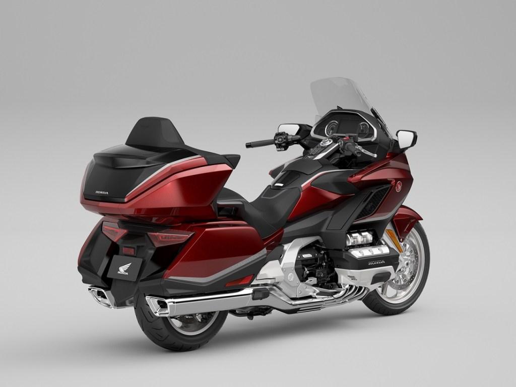 Honda GL1800 Gold Wing tahun 2021, desain dan fitur semakin premium gans.. (1)