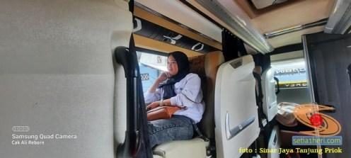 Tarif Bus Suites Class Sinar Jaya tujuan Jakarta - Madura (4)