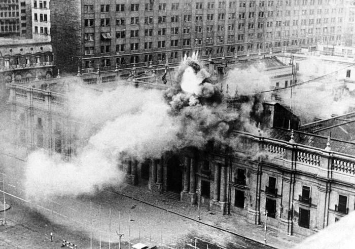 Bombardeio ao Palácio de La Moneda