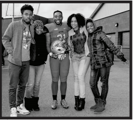 Left to right: Justin Carter (brother), Pamela Carter (mom), Christian Carter, Maiya Palmer (girlfriend), and his sister Maya Carter. Photo courtesy by D.Graham/Setonian