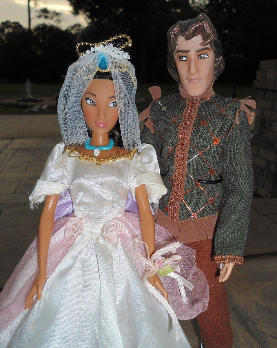 John Amp Pocahontas 11 Wedding Doll Set