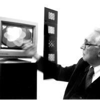 Pietro Grossi – Il computer ci libera dal genio altrui ed accresce il nostro (1972)