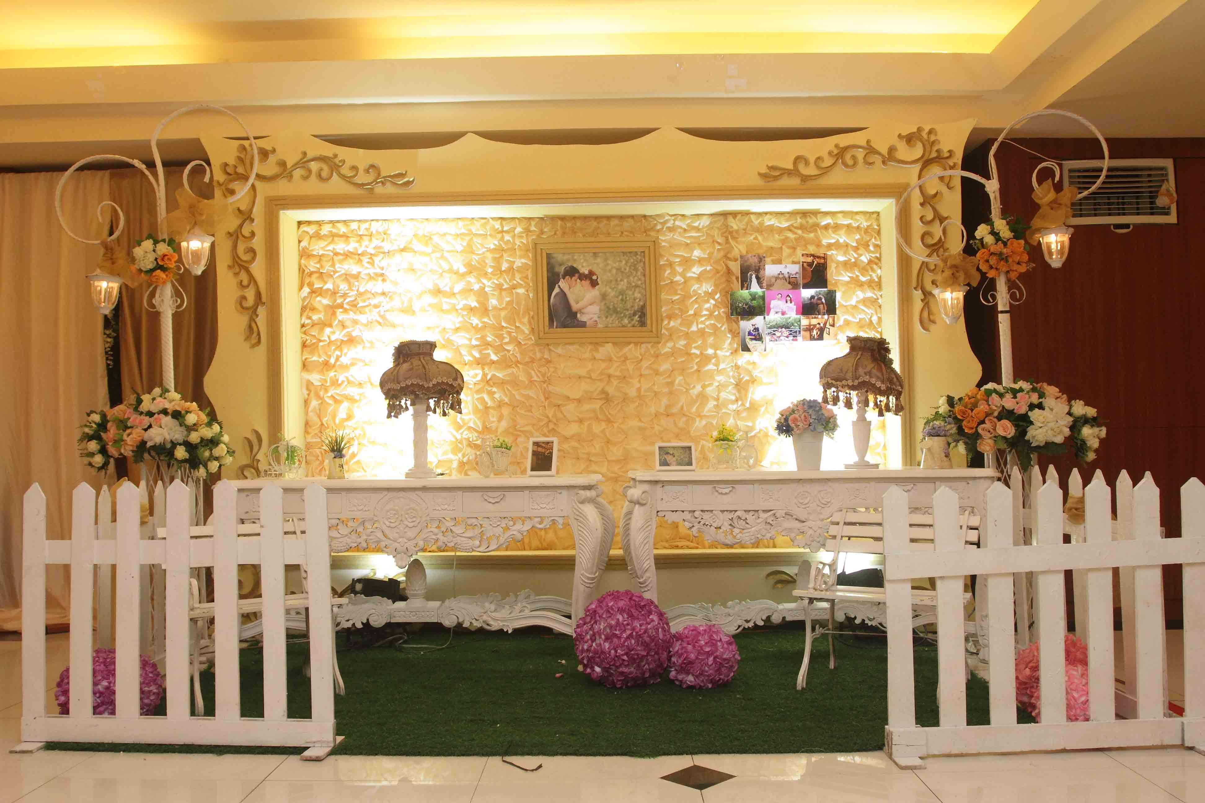 Season City Grand Ballroom  Evelin Decoration Review