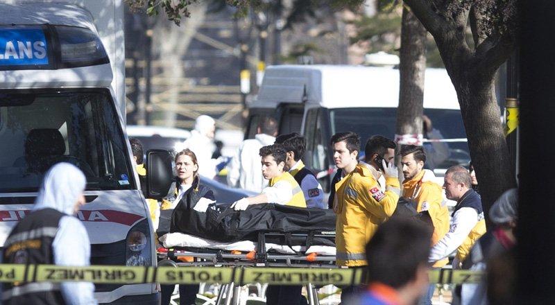 Explosión en centro turístico de Estambul deja 10 muertos