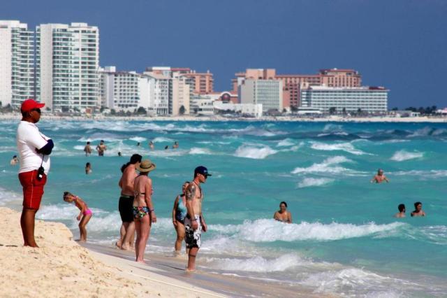 Empresas y gobierno quieren insentivar el turismo nacional