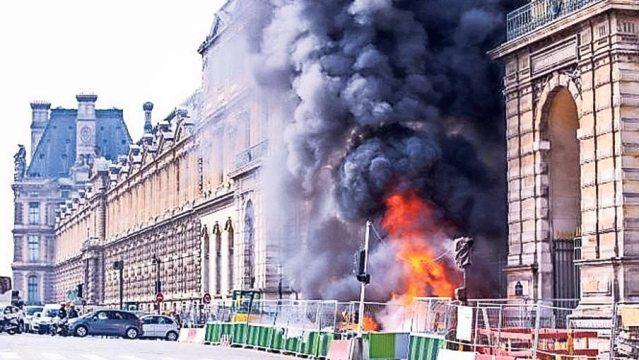 Incendio en el Museo del Louvre, fue controlado por los bomberos