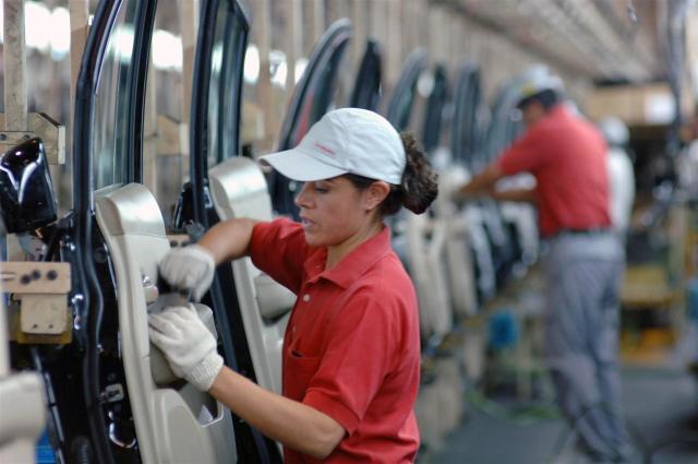 Casi 2 millones de empleos formales creados en lo que va de la administración: IMSS