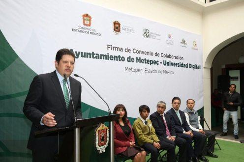 Firma de Convenio entre Ayuntamiento y la UDEM (4)