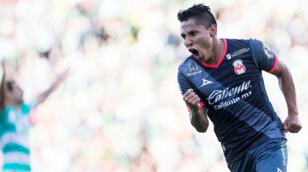 Raúl Ruidíaz anotó un hat trick en la victoria 4-2 del Morelia