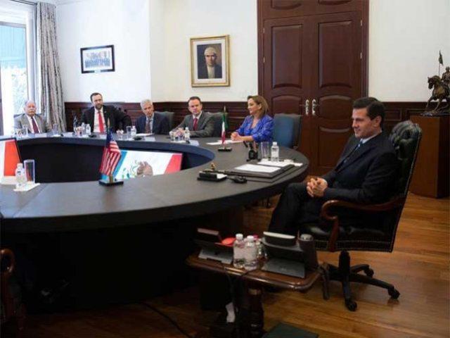 Peña Nieto habló con demócratas sobre energía, economía y pluralidad