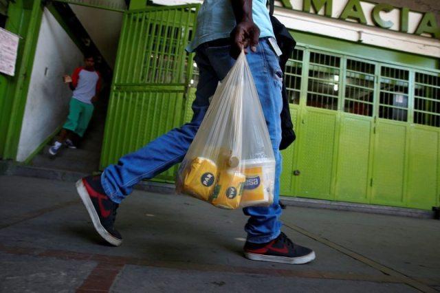 Trueque 2.0; la nueva forma en que los venezolanos hacen frente a la recesión económica