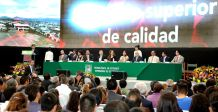 Al conmemorar el 26 aniversario del Tecnológico de Estudios Superiores de Ecatepec, la secretaria de Educación, Ana Lilia Herrera Anzaldo, destacó la importancia que el gobierno de Eruviel Ávila Villegas otorga a la formación profesional de la juventud mexiquense.