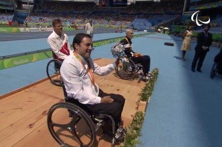 Otra medalla para México; Edgar Navarro se lleva plata en 400 metros