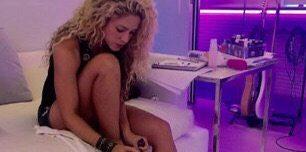 La polémica por una foto de Shakira donde se ve un ¿consolador?