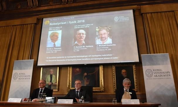 Tres científicos británicos ganaron el Premio Nobel de Física