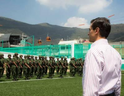El presidente toma lista a las fuersas armadas en Ecatepec