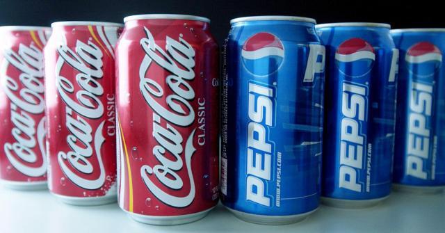 Pepsi y Coca-Cola pagan para minimizar riesgos de obesidad