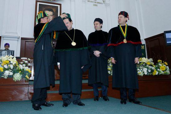 Por impulso a la libertad de expresión, reconoce UAEM con Doctorado Honoris Causa a Ealy Ortiz