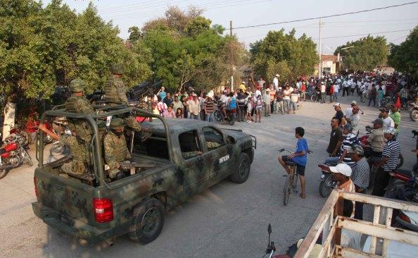 16 detenidos en La Ruana, tras llegada de Policía Federal