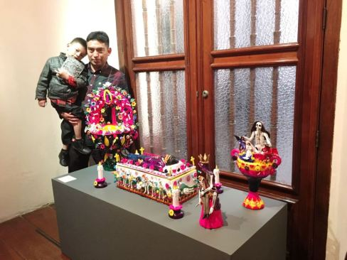 Cinco artesanos de Metepec lograron triunfos en concurso nacional de tradiciones