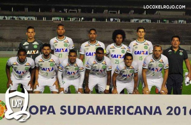 Se estrella avión que transportaba al equipo brasileño de fútbol Chapecoense