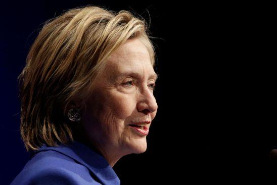 Supera Clinton a Trump con 2 millones de votos