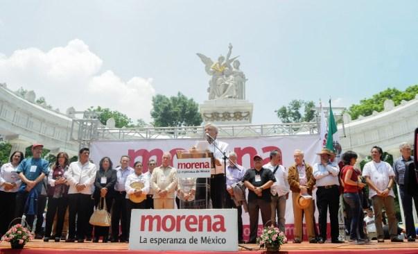 Morena anuncia protesta en Hemiciclo a Juárez contra gasolinazo