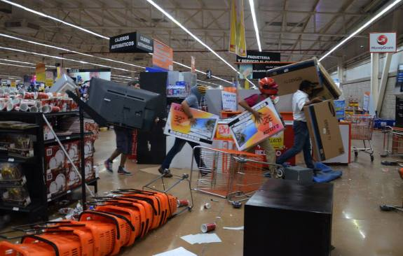 Son ya 430 detenidos por actos vandálicos en el Estado de México