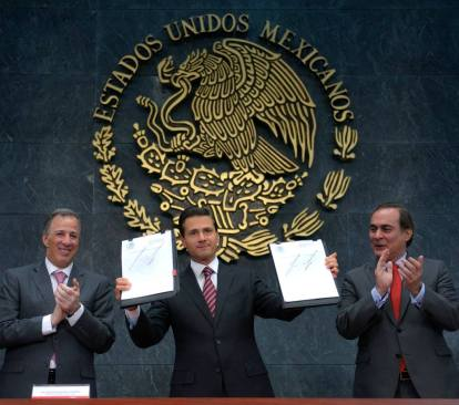 Peña Nieto anuncia medidas para repatriación de capitales y apoyo a pequeñas empresas