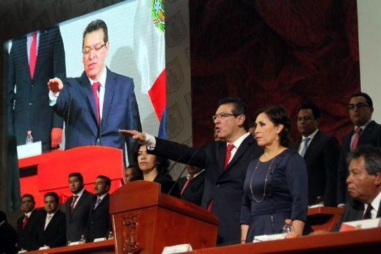 Marco Mena toma protesta al Gobierno de Tlaxcala