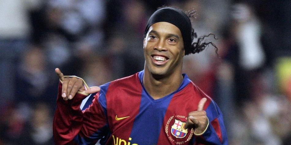 Ronaldinho, nuevo embajador en Barcelona