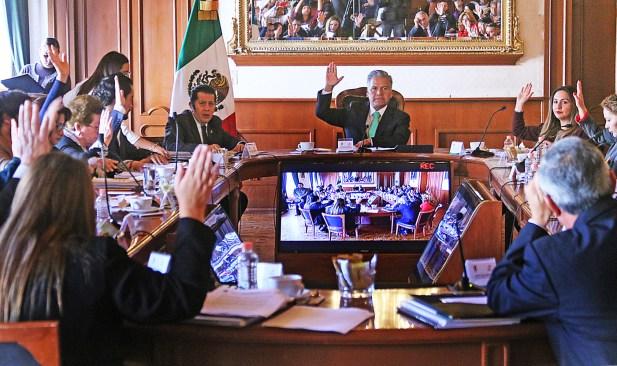 Integra el Ayuntamiento de Toluca el presupuesto 2017