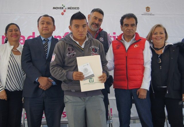 IMSS poniente acerca servicios de PrevenIMSS a estudiantes del municipio de Jilotepec