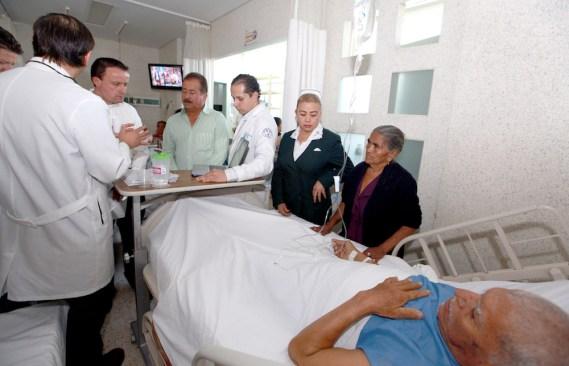 En 3 días, especialistas del IMSS valoraron a 170 pacientes y realizaron 57 cirugías urológicas