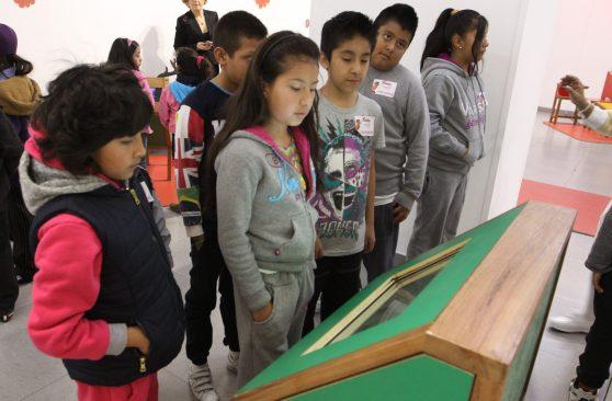 Frida y Yo, exposición infantil sobre Frida Khalo, en centro médico nacional siglo XXI