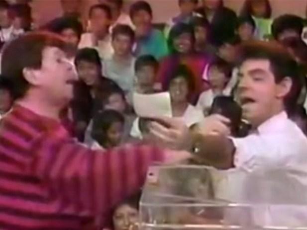 'Chabelo' le da su novatada a Eugenio Derbez