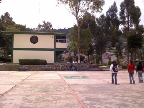 Hampa opera en escuela toluqueñas