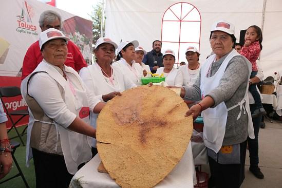 Gran éxito la Primera Feria del Huarache toluqueño