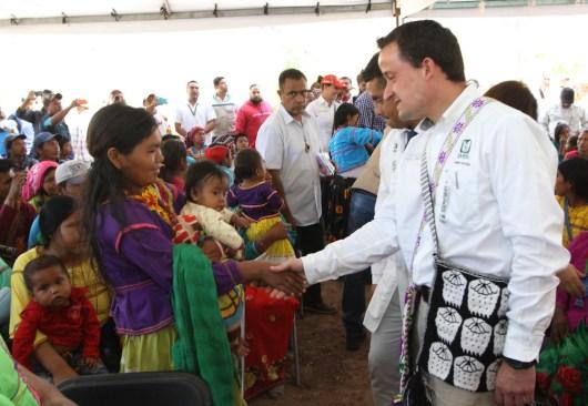 IMSS y CDI entregan clínica rural en la sierra nayarita