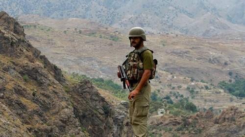 Levanta Pakistán valla en frontera con Afganistán