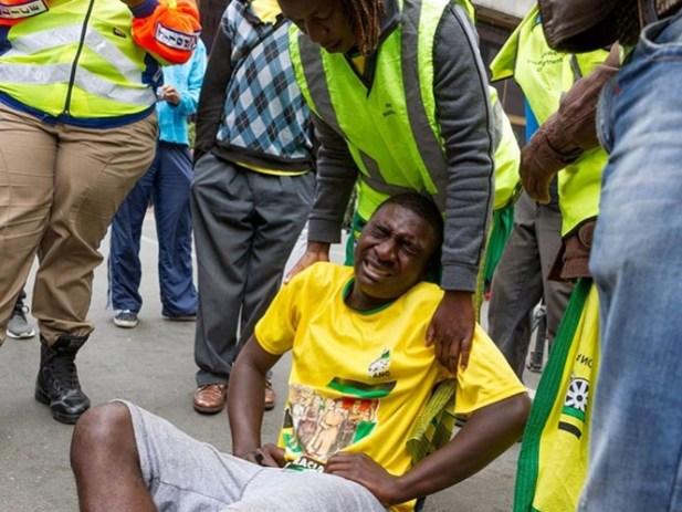 Mueren 18 niños en choque de transporte escolar en Sudáfrica
