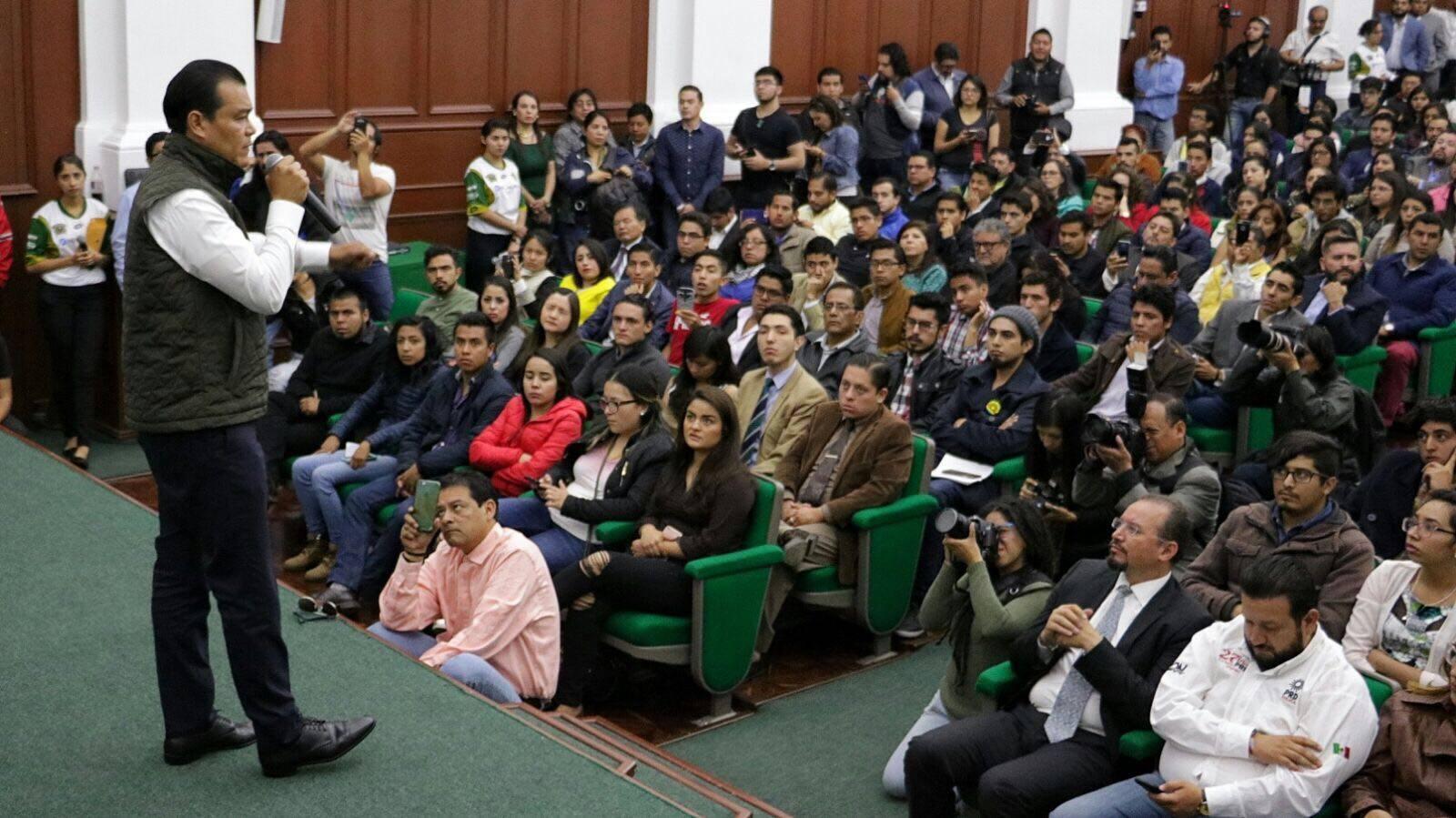 Juan Zepeda promete línea de Mexibús en Chicoloapan